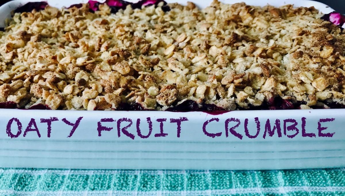 Blueberry & Apple Oaty CrumbleRecipe